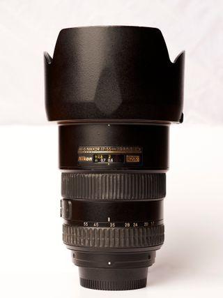 Objetivo Nikon AF-S DX 17-55mm f/2.8 G ED