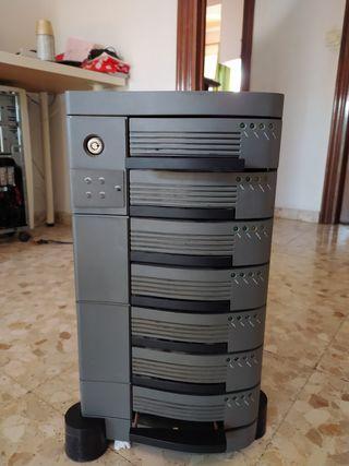 Torre de almacenamiento SCSI