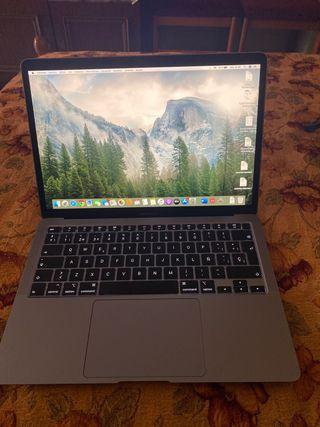 Macbook Air 13,3 Retina
