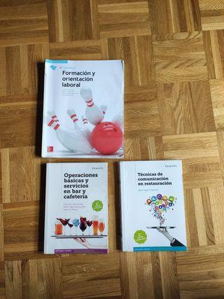 vendo libros 2 curso de servicios en restauración