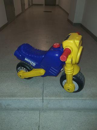 Moto Correpasillos MOLTO