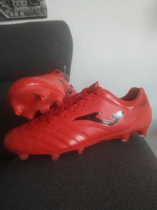 botas de fútbol N°43,3
