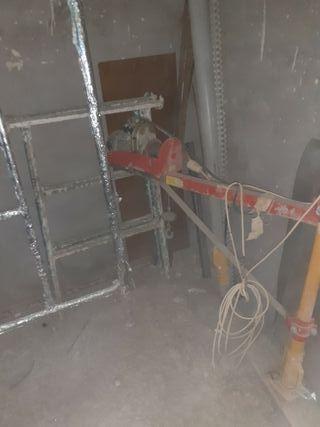 Elevador para subir los materiales