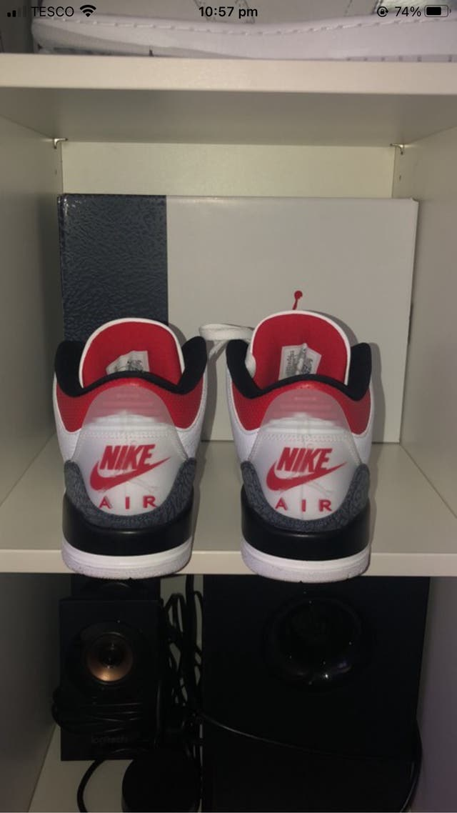 Jordan 3 Retro SE Red Fire Denim (2020)