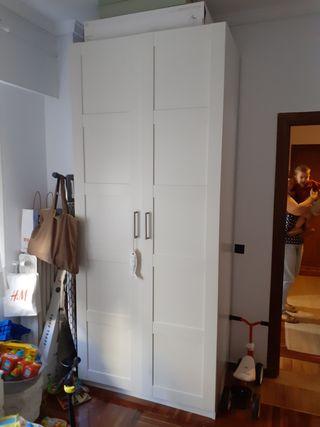 Armario de IKEA en perfecto estado