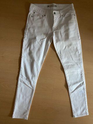 Pantalones blancos levis