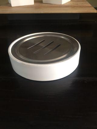 Cenicero blanco lacado