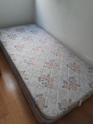 Canapé arcón abatible con colchón
