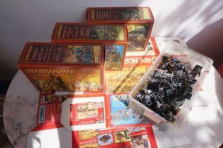 Conjunto de miniaturas Warhammer muertos vivientes