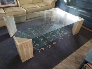mesa de centro de màrmol y cristal