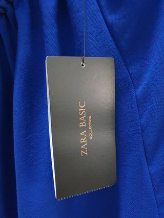 Falda azul Klein