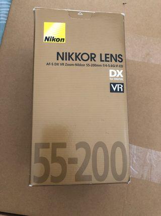 Objetivo cámara réflex Nikon 55-200mm