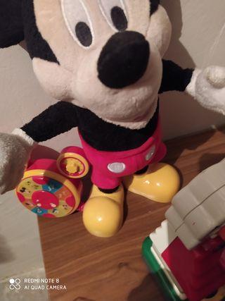 Mickey y casita de los números