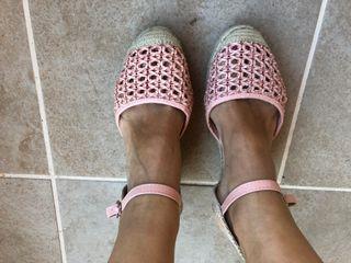 Sandalias cuña esparto rosa claro. 39