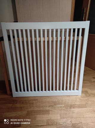 Cabecero de cama IKEA BARDU.