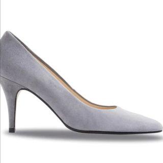 zapatos . nuevos de marca