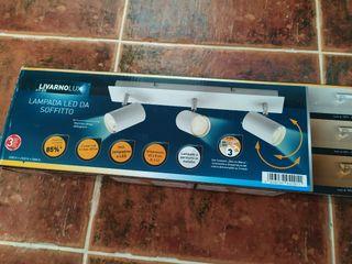 Lámpara LED de techo color blanco
