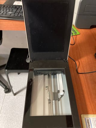 Escáner Fujitsu Fi 65f