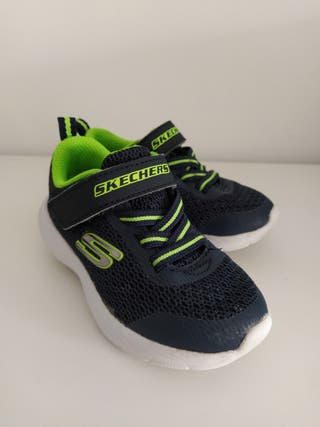 Zapatillas niño Skechers talla 23