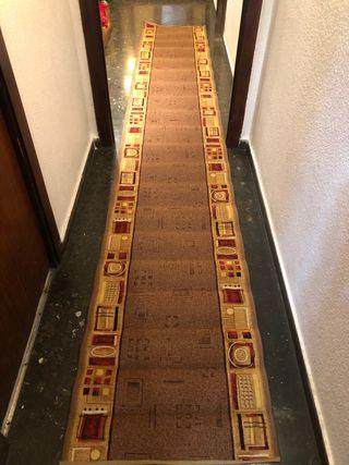Alfombra pasillo NUEVA 4'10 x 0'70