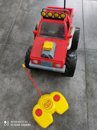 Monster truck teledirigido Phineas y Ferb