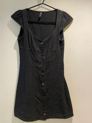 Vestido vaquero negro mini de Zara talla S