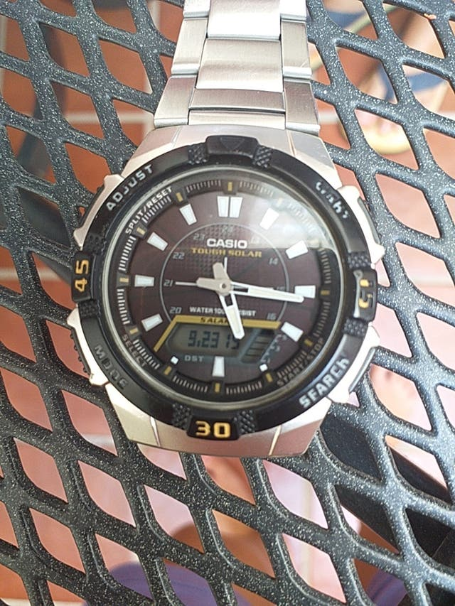 vendo reloj casio digital y analógico