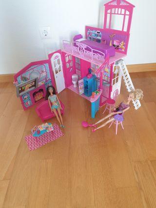 casa muñecas barbie con 2 muñecas