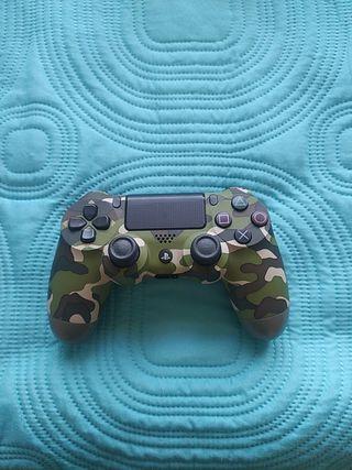 mando PS4 perfecto estado color militar