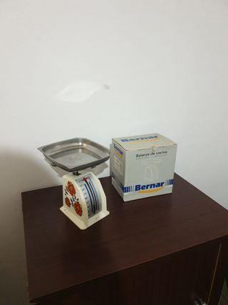 2 balanzas de cocina 1 con caja
