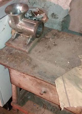 Diferentes herramientas antiguas