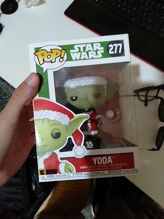 Funko POP Yoda Navideño
