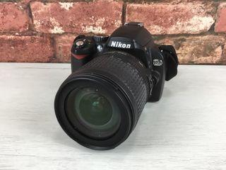 Cámara réflex Nikon D60