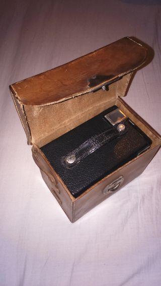 Camara Kodak Brownie Junior six-20