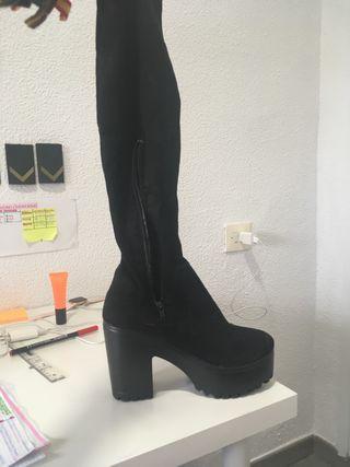 Vendo botas altas