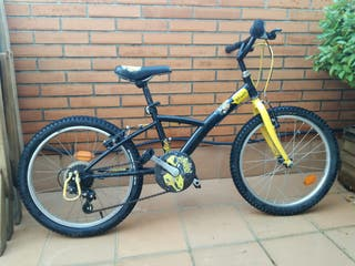 """Bicicleta de 20"""" para niño/niña."""