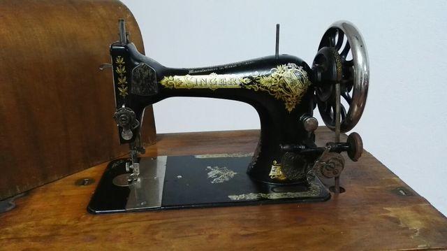 máquina de coser centenaria