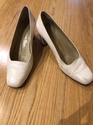 Zapatos Tacón Amparo Vera talla 39