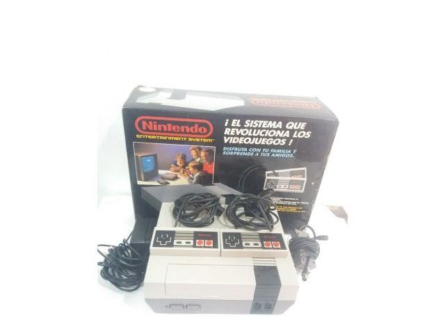 Nintendo NES Con Mandos