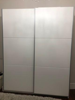 Armario blanco de puerta corredera 180cm