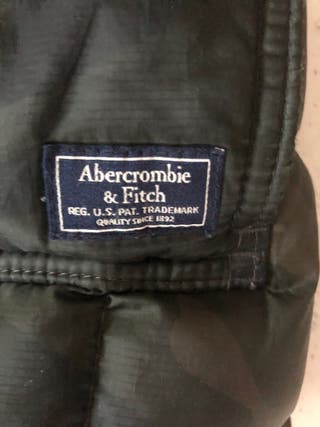 Plumas Abercrombie and Fitch