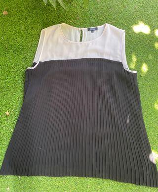 Blusa bicolor talla L de Elogy