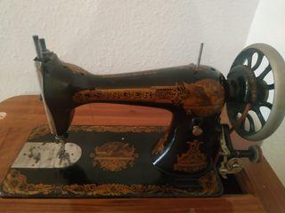 Maquina de cose vintage