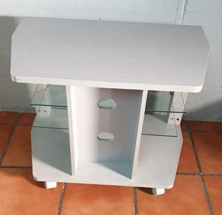 Mesa auxiliar televisión