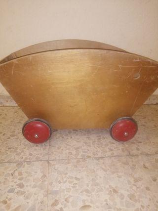 carro antiguo de juguete
