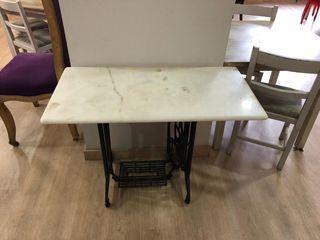 Máquina de coser mesa