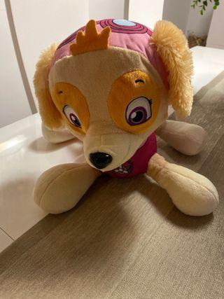 Patrulla canina, Skye mochila/peluche