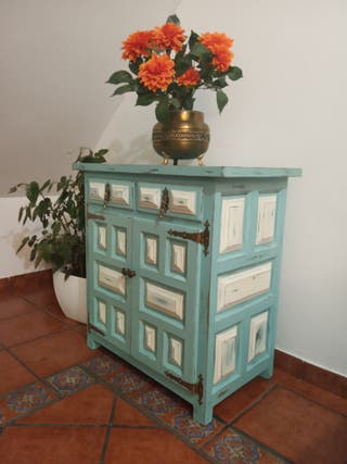 Mueble castellano vintage restaurado