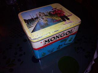 Antigua lata infusiónes y tes mongol