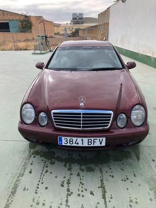 Mercedes-Benz CKl 2002